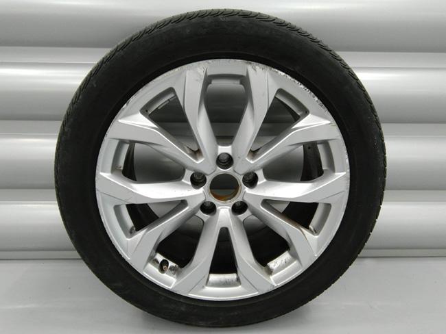 Alloy wheel before